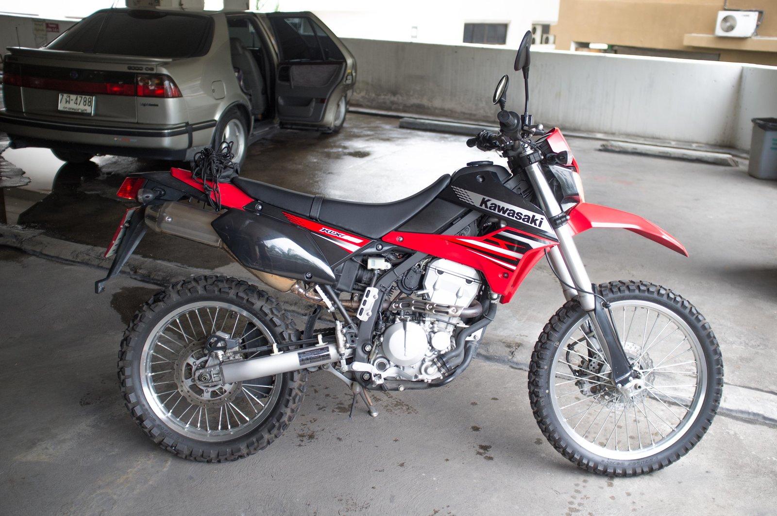 2012 Kawasaki KLX 250 a.jpg