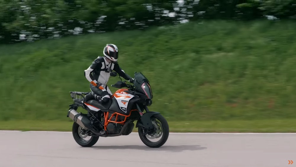 ktm-adaptive-cruise-blind-spot-5.jpeg