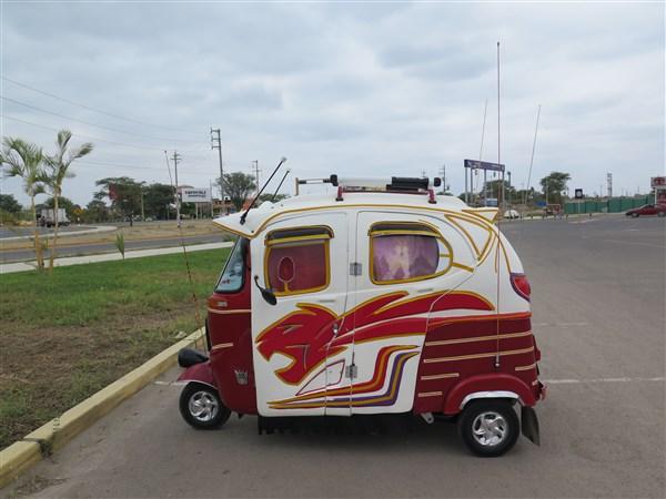 Peru Moto Custom (600 x 450).jpg