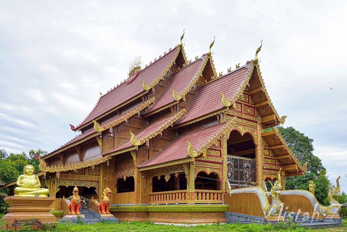 Wat Pa Hua Doi-1.JPG