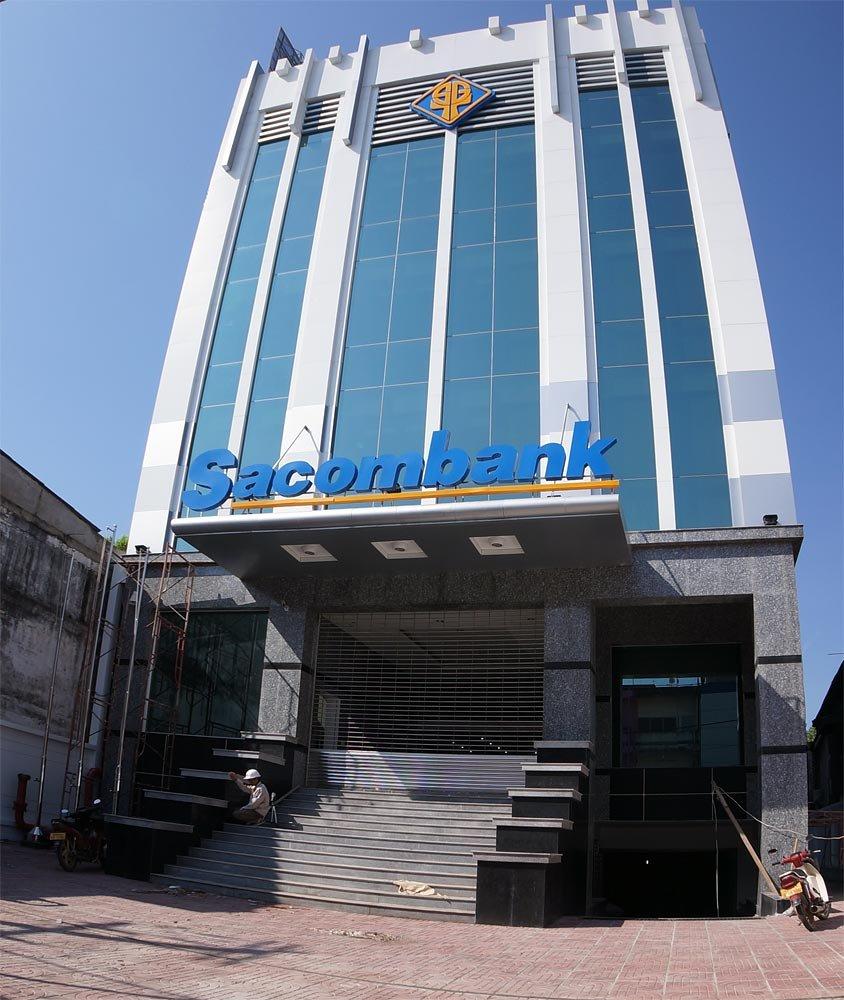 sacomb-bank.jpg