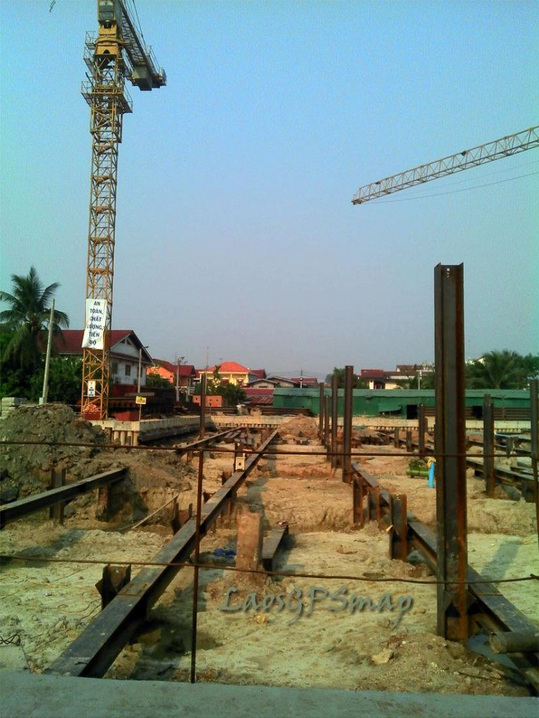 market-construction.jpg