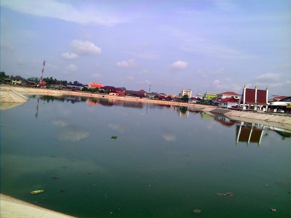 retaining-pond.jpg